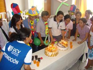 Colaboradores vallejianos reciben agasajo por su cumpleaños