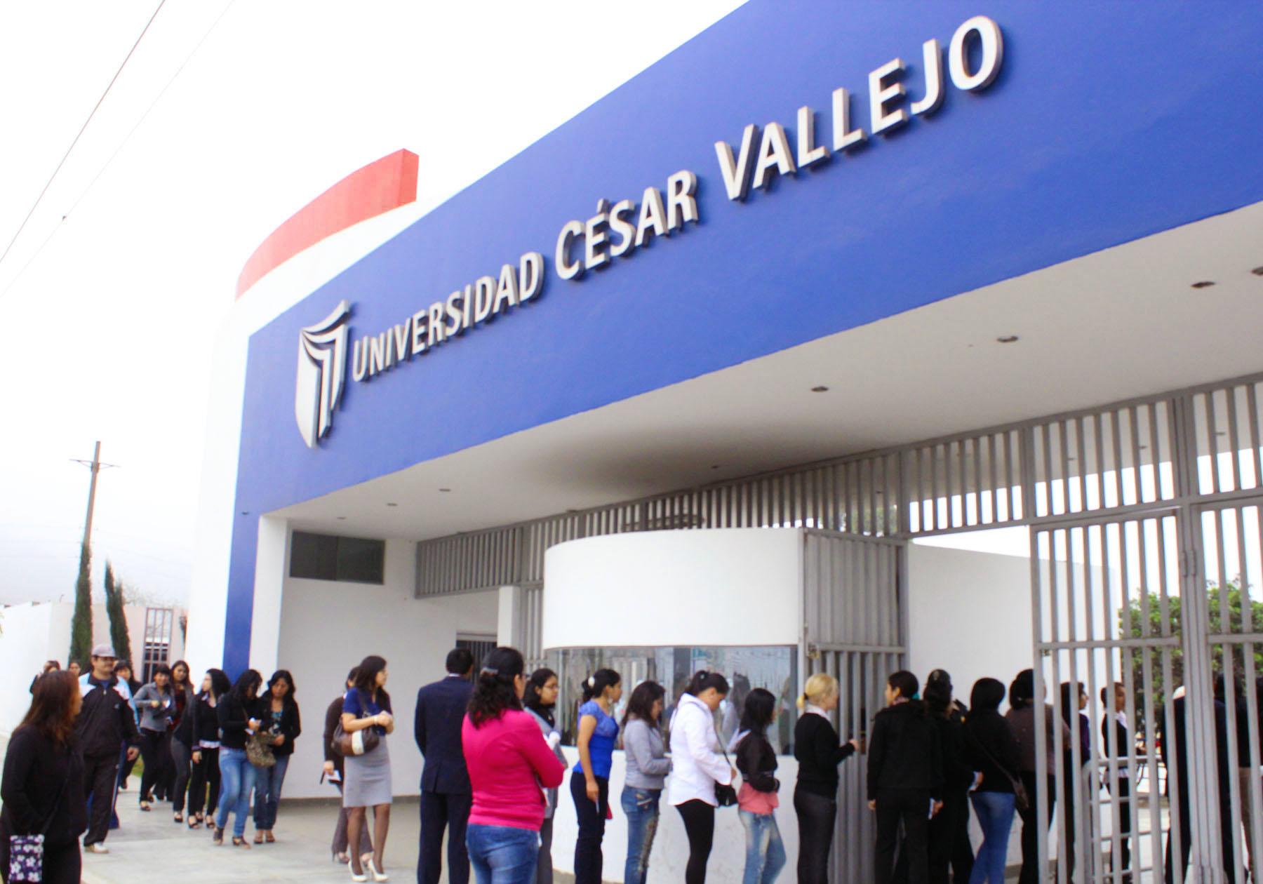 EXAMEN DE ADMISIÓN 2013 – 1 CULMINA SATISFACTORIAMENTE EN LA UCV LIMA ESTE
