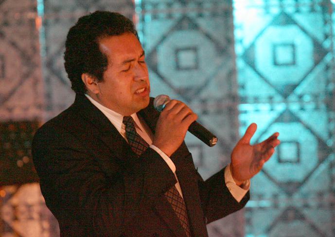 Pedro Paredes ganador indiscutible del festival de canto inter sedes